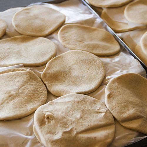 https://fusionasturias.com/otras-secciones/recetas/tortos-de-maiz-asturianos.htm Tortos de maíz asturianos