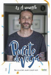 Abel Suárez, de Veiga Ink, en uno de los carteles promocionales de la campaña 'Navia. Es el momento'