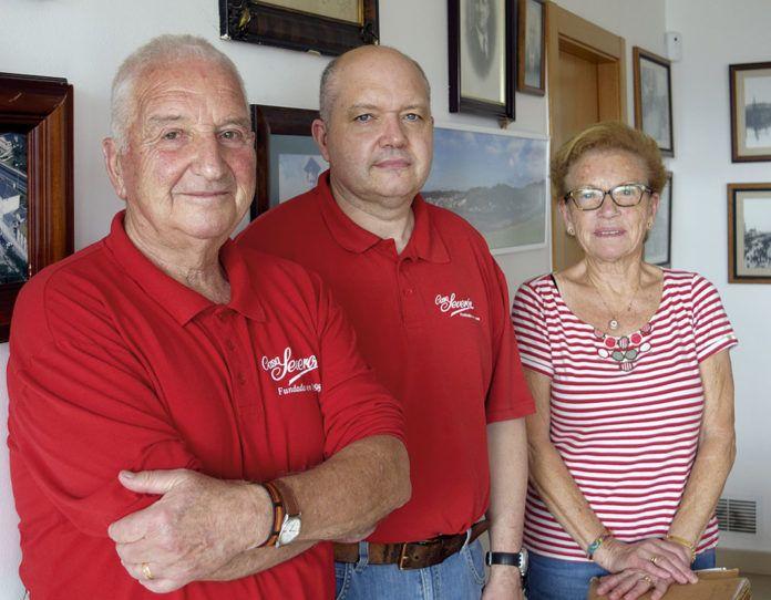 De izda. a dcha., Odón, Severino y Candita
