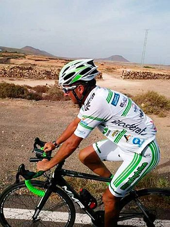 Tante Argüelles en el reto de Fuerteventura 2800 km en 8 días. 8 vueltas a Fuerteventura