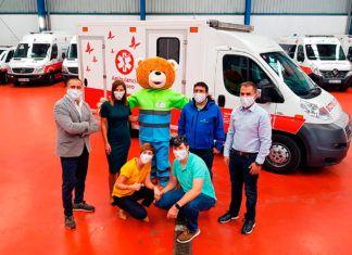 Fundación Ambulancia del Deseo con 'Mario', la mascota de la Fundación