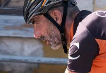 Víctor Loira en el Ultra Triatlón Tierra Astur en Ribadesella