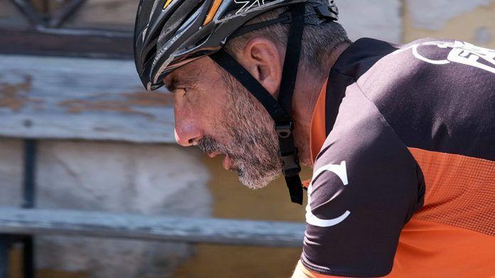 Víctor Loira en el Ultra Triatlón Tierra Astur en Ribadesella