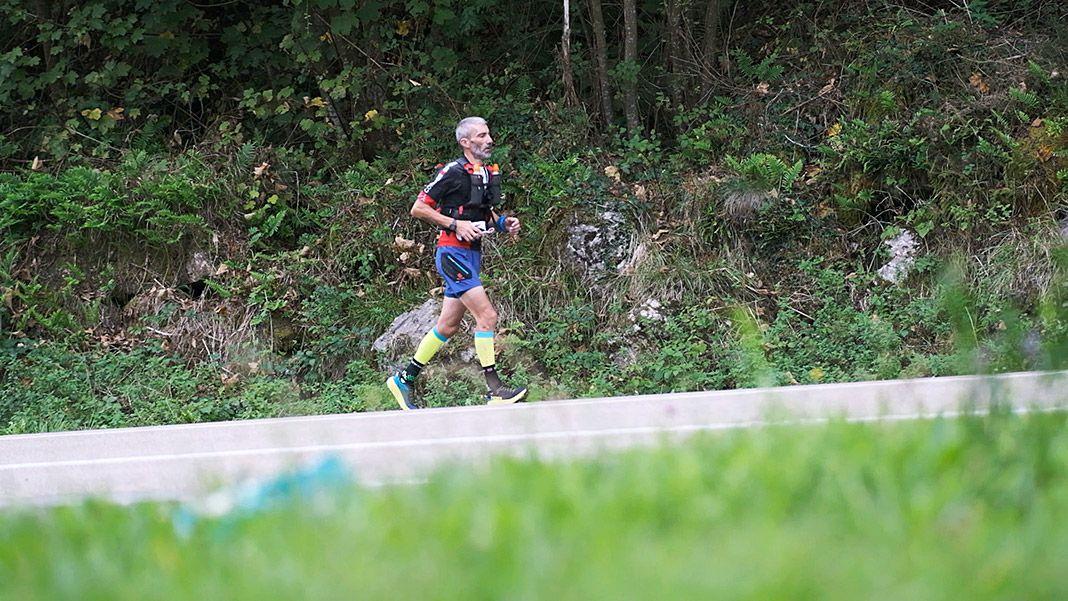 Víctor Loira en la prueba de carrera del Ultra Triatlón Tierra Astur