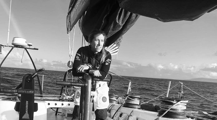Ángela Pumariega en la embarcación del Reto Pelayo Vida