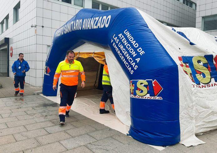 Carlos Paniceres en el puesto avanzado del autocovid en Avilés