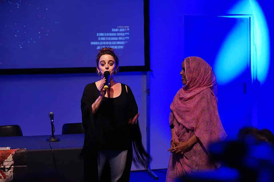 Laura Casielles y Jadiya Ali en la presentación del documental Provincia 53