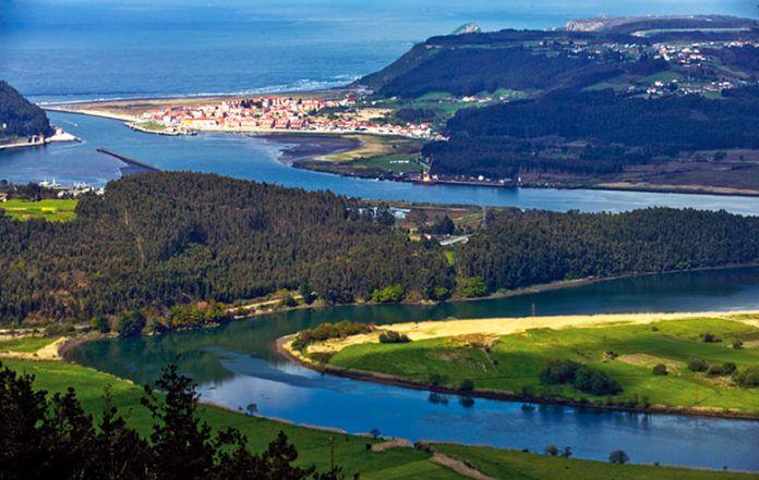 Desembocadura del río Nalón, Pravia
