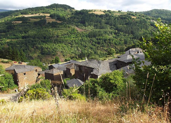 Panorámica de Argul (Pesoz, Asturias)