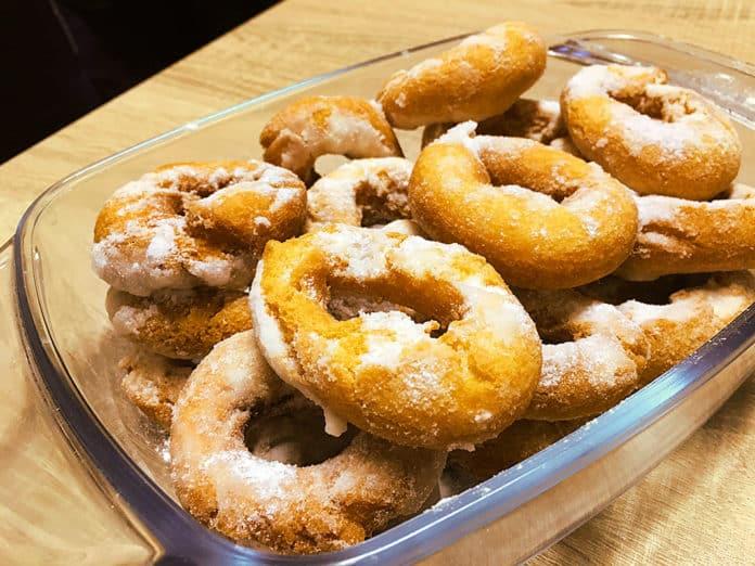 Rosquillas de mamá. Receta de rosquillas asturianas