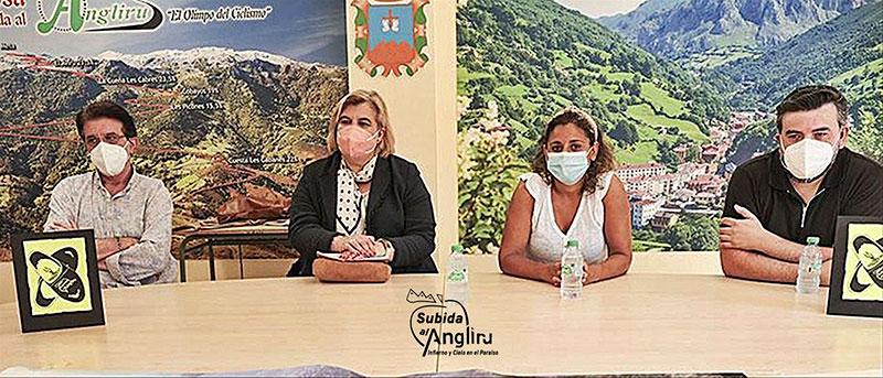 Presentación de la Subida al Angliru 2021 en Riosa.