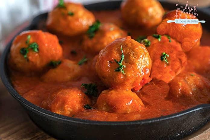 Albóndigas de pollo con tomate, del blog El toque de Belén