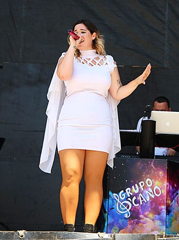 Lucía Revuelta, voz femenina del Grupo D'Cano desde febrero de 2020